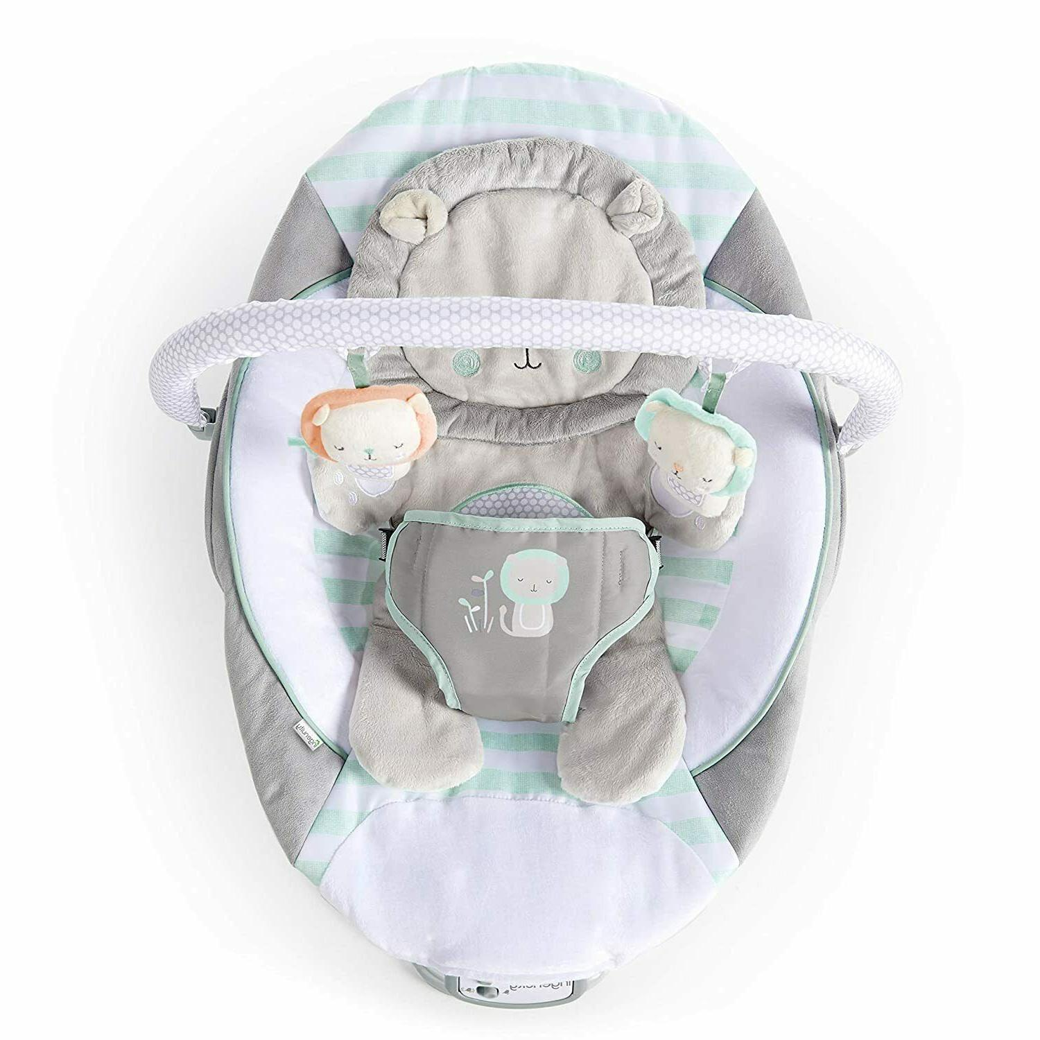 cradling bouncer seat with vibration and melodies